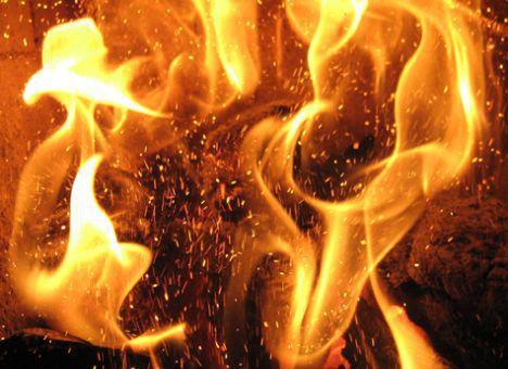 Пожар уништи куќа во Кисела Вода