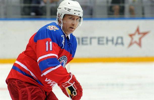 Кога Путин игра хокеј...