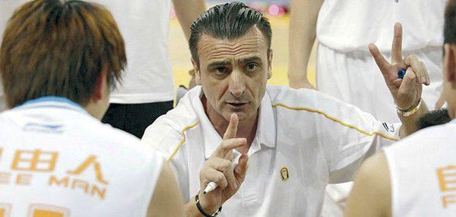 Промовиран новиот селектор на македонската кошаркарска ререзентација Драган Раца