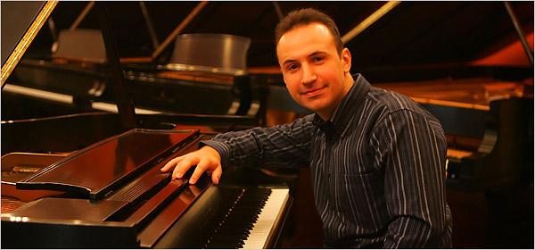 Највисоки пет ѕвездички за најновиот компакт диск на пијанистот Симон Трпчески