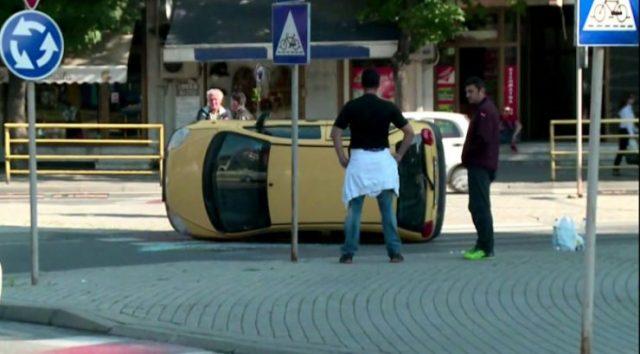 Сообраќајка кај Католичка, повредено едно лице