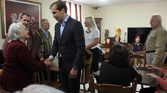 12 илјади евра неповратен грант за отворање старски домови