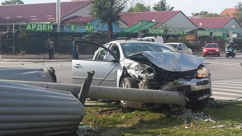 Тешка сообраќајка во Тафталиџе, неколку лица повредени