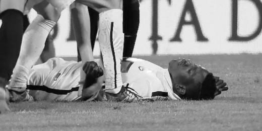 Фудбалерот Патрик Екенг не издржа, почина во болница