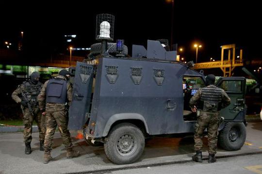 Турската полиција уапси 12 осомничени припадници на ИД