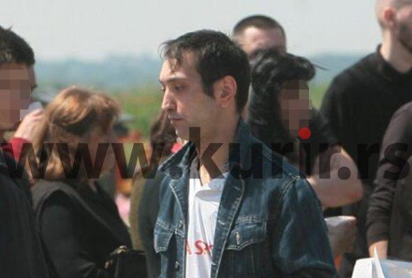 Полицијта уапси маж на поменот на Јелана