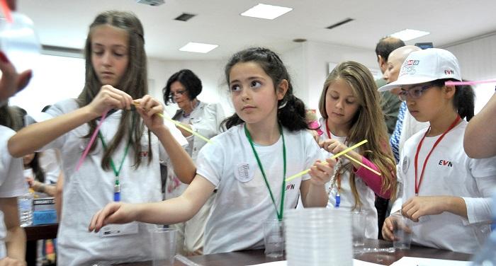 ЕВН со едукативен проект за доближување на девојчињата до техничките дејности
