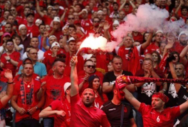 ЕП 2016: Албанец сокрил 18 сантиметри факел во аналниот отвор!