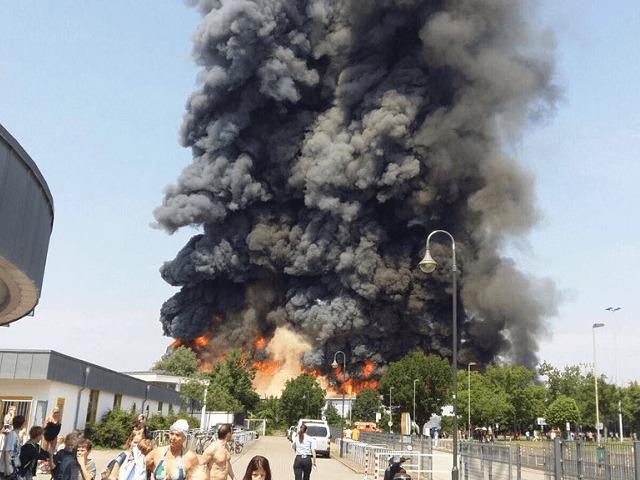 ВИДЕО: Пожарот во мигрантскиот камп во Дизелдорф се случил поради кавга за храна