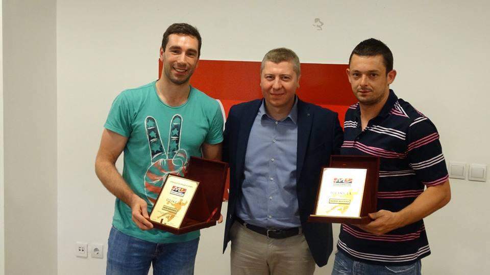Благодарност од АМС до репрезентативците Мојсовски и Миркуловски