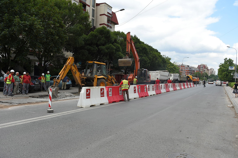 Pocetok na izgradba na atmosferska kanalziacija Dzon Kenedi i Kemal Ataturk (2)