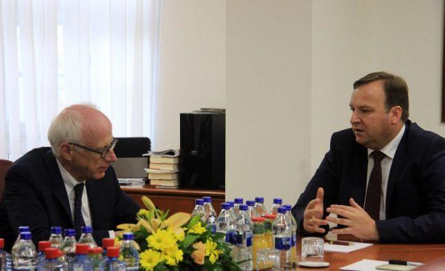 Средба Димитриев – Хајндл: Со силен интензитет се работи на реализација на препораките