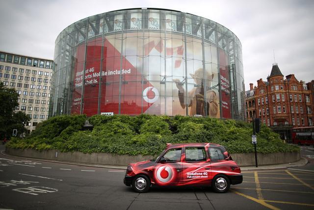 Компаниите си одат од Британија: И Водафон најави дека ќе си оди