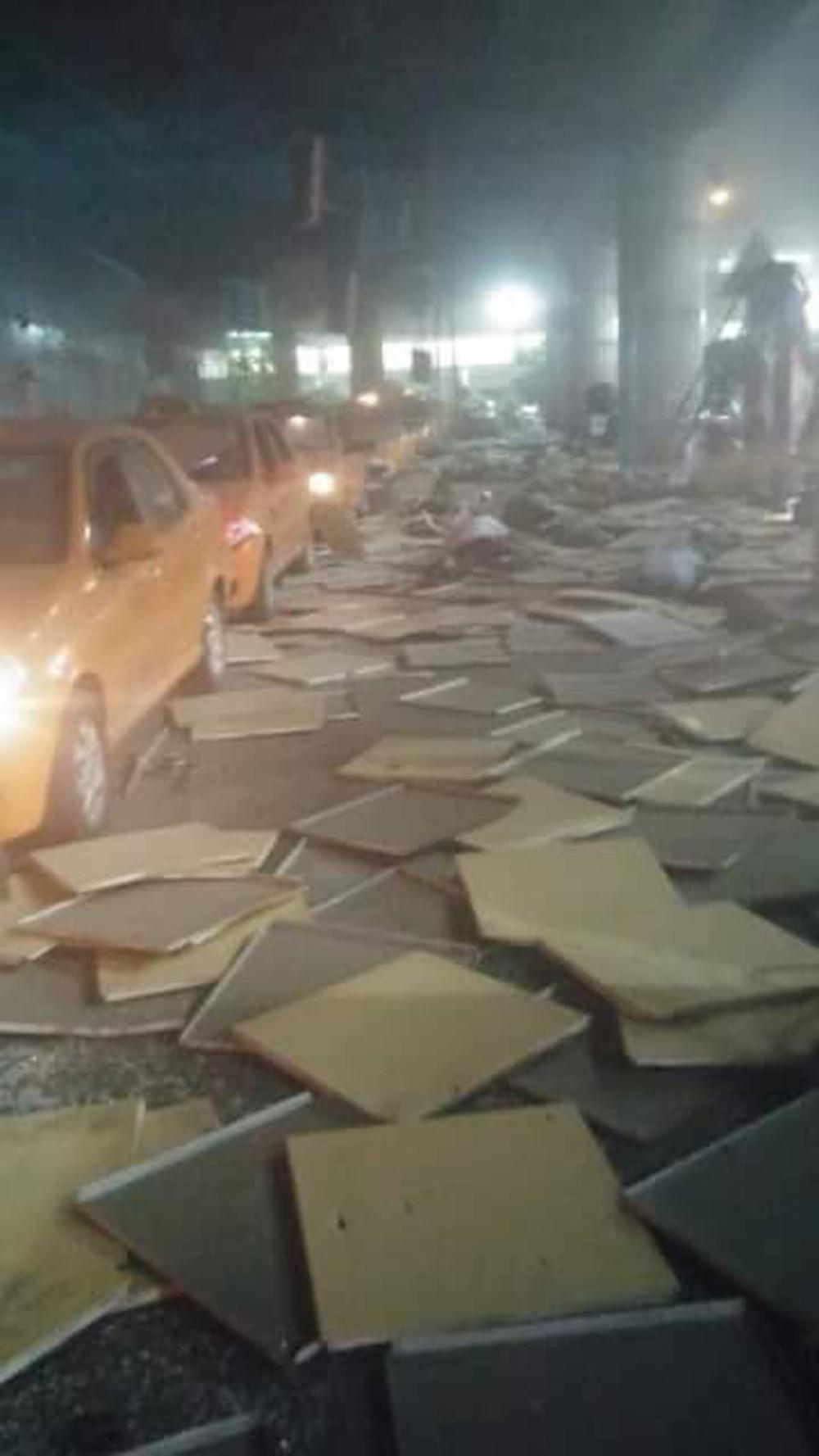 Првични информации: Најмалку 10 загинати, а 40 повредени во експлозиите на аеродромот во Истанбул
