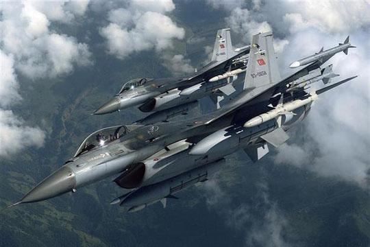 Турски авиони нападнаа цели на ПКК