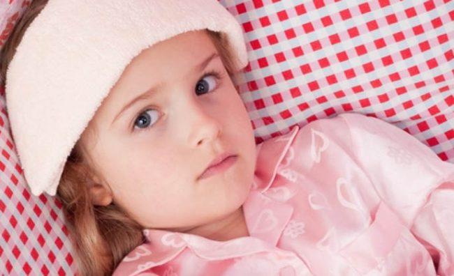Со овие методи намалете ја температурата кај детето за пет минути