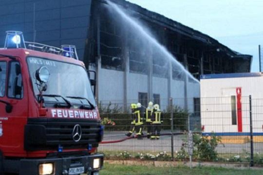 Пожар во бегалски камп во Дизелдорф