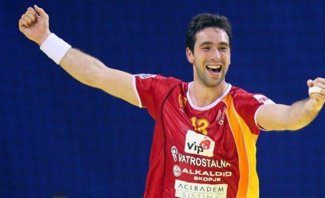 Емотивна изјава на Миркуловски: Утре го играм последниот натпревар за Македонија!