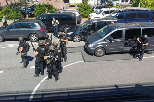 Германија: Вооружен напад во кино, напаѓачот убиен