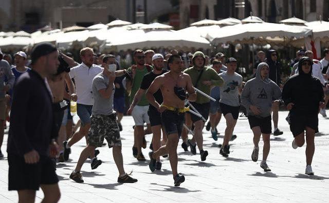 huligani-marsej