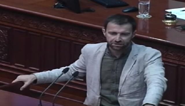 Димовски до СДСМ: Парите кои ги добивате од трговија со оружје, ви ги даваат за да ја рушите државата!