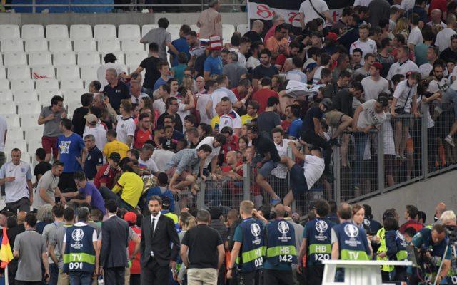 Поради инцидентите Франција воведе забрана за алкохол за време на Евро 2106
