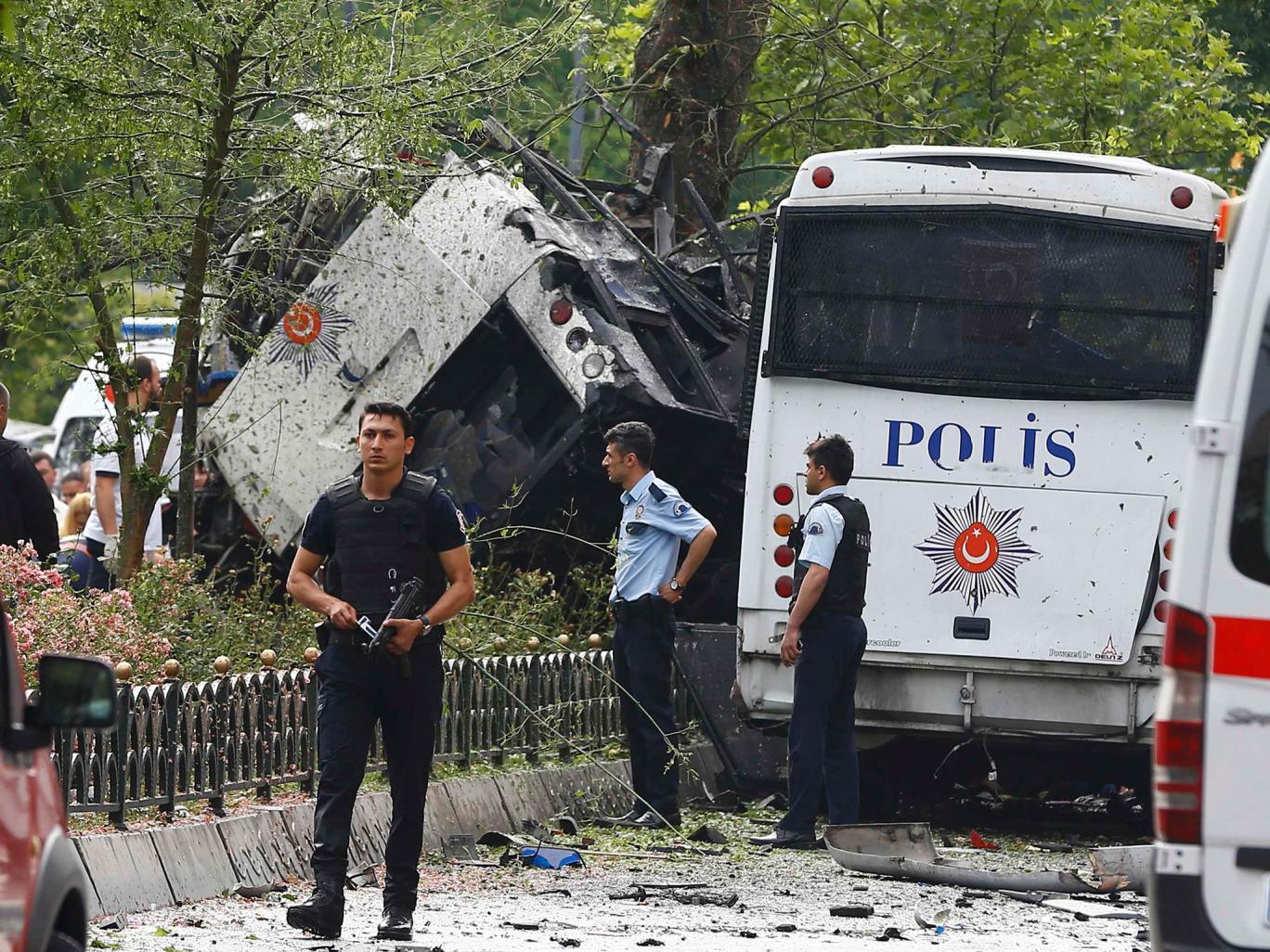 Детали за бомбашкиот напад во Истанбул (Обновено)