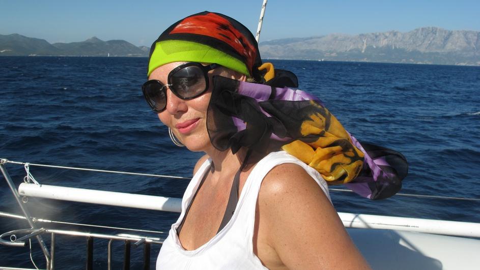 ФОТО: Лепа Брена ужива на нејзината јахта