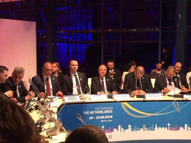 Мисајловски: Изградбата на пругите кон Албанија и Бугарија се важен сегмент за регионалното поврзување