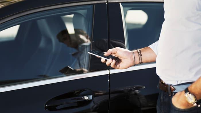 Работи што не сте ги знаеле за вашиот автомобил, кредитна картичка, мобилен…