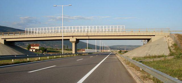 Завршува реконструкцијата на мостовите на Коридорoт 10