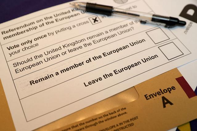 Британците гласаат: Да се остане во ЕУ или не?