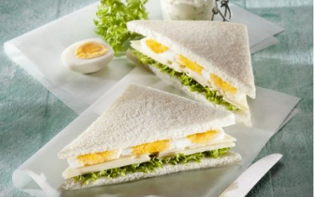Здрав сендвич за појадок, готов за 10 минути