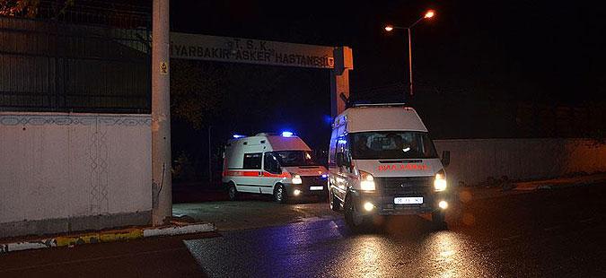 Двајца загинати при експолозија на автомобил-бомба во Турција