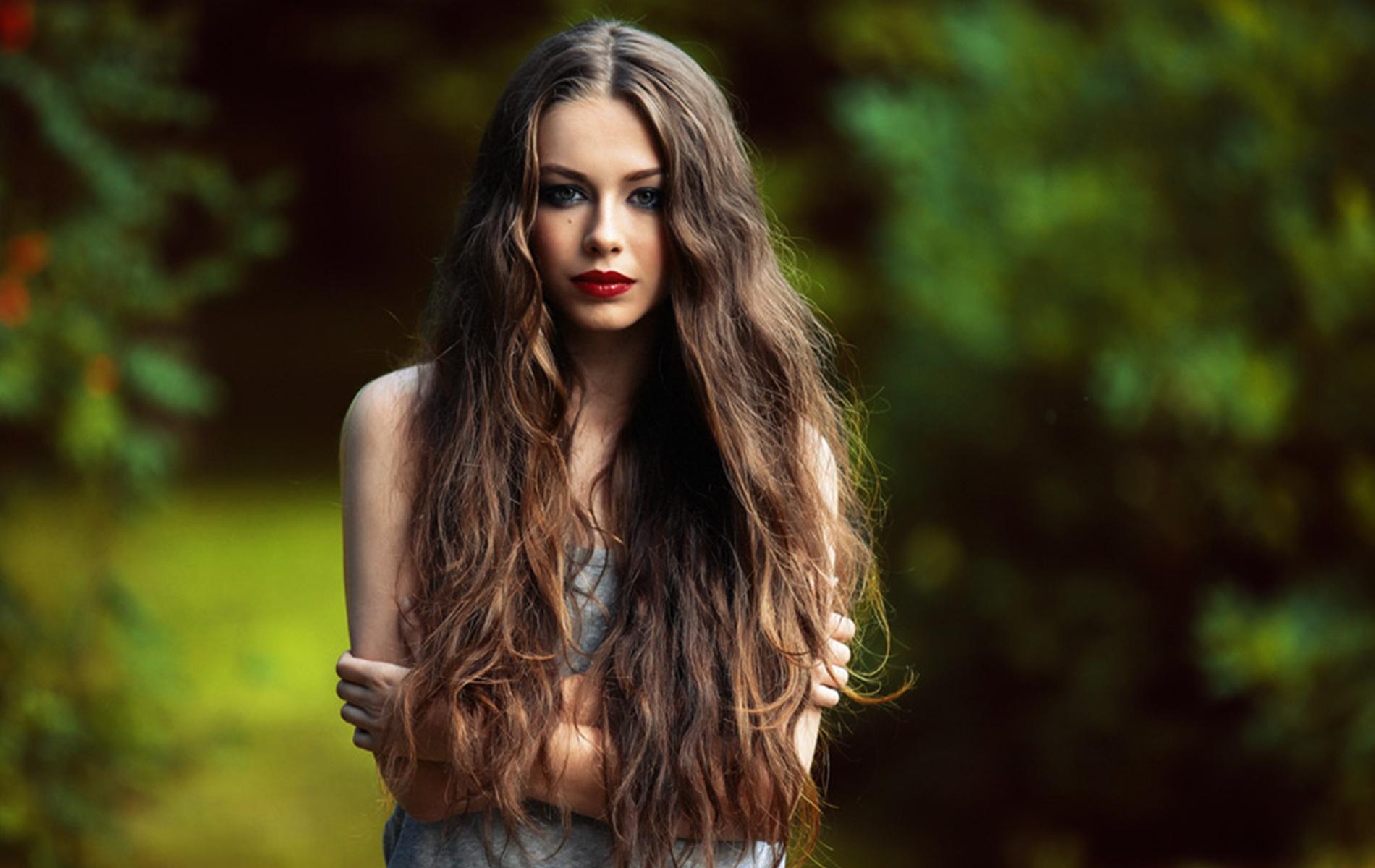 Продукти што ја подобруваат структурата на косата