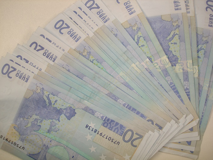 Во Италија откриена печатница на лажни банкноти од 20 евра