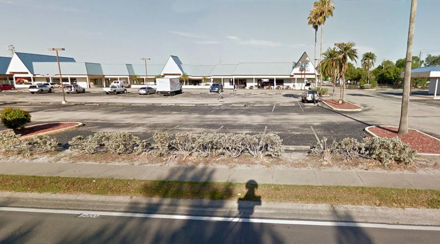 ВИДЕО: Пукотници во клуб во Флорида-најмалку две лица загинаа, десетици повредени