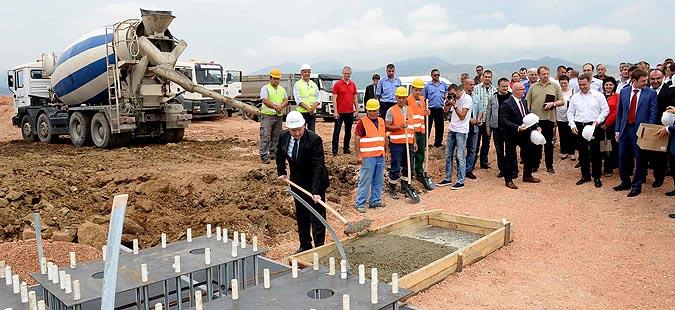"""Пробиштип: Почна да се гради фабриката на """"Кранфилд Фаундри"""", вработување за 280 лица"""