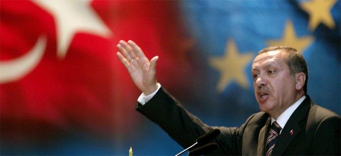 Ердоган прогласи вонредна состојба во Турција во траење од три месеци
