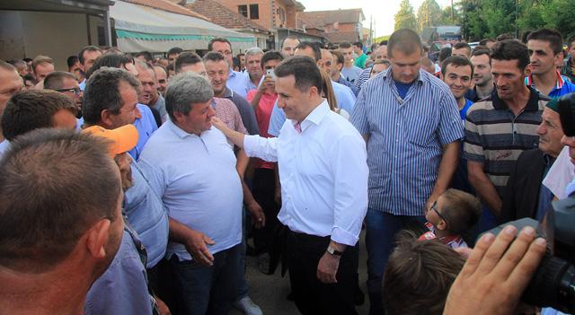 Остварени барањата на граѓаните од теренската посета на Груевски на мавровско-дебарскиот крај