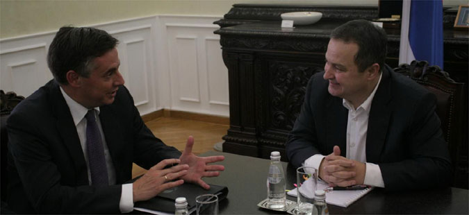 Мекалистер: ЕУ останува посветена на проширувањето
