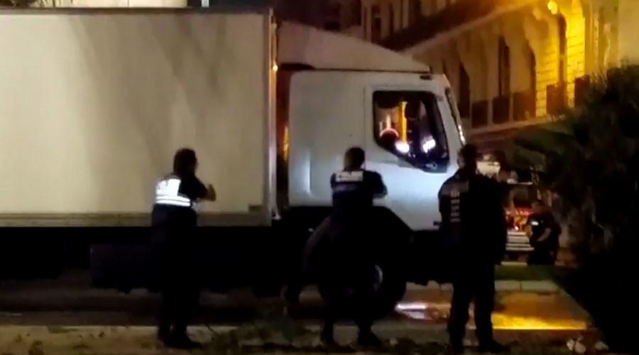 ВИДЕО: Моментот кога полицијата го уби напаѓачот во Ница