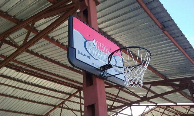 Со поставување кош УМС Ново Село го презентира проектот за изградба на 150 игралишта за уличен баскет