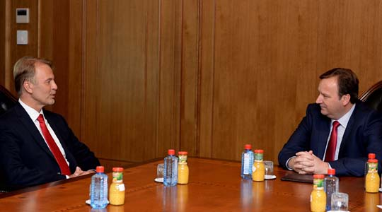 Димитриев се сретна со евроамбасадорот Орав