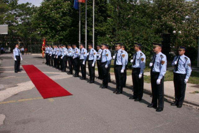 """""""Дневник"""": СДСМ нема одговор што е спорно во новиот Закон за полицијата"""