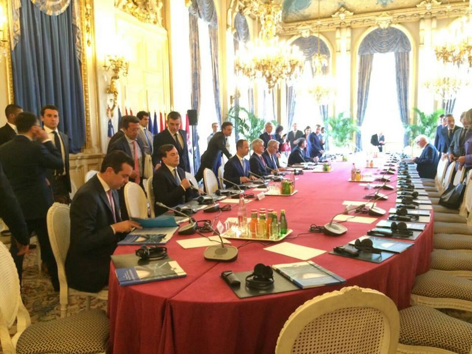 Попоски на самит за Западен Балкан во Париз