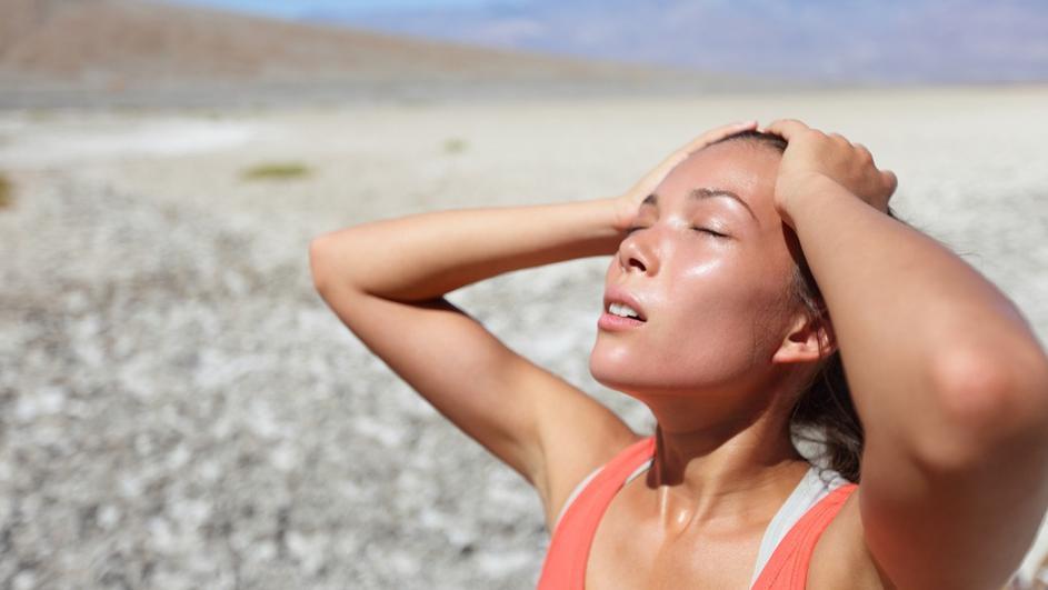 Пет начини за ублажување на симптомите од сончаница