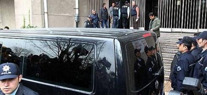 Турската полиција неутрализираше маж, кој пукаше близу суд во Анкара