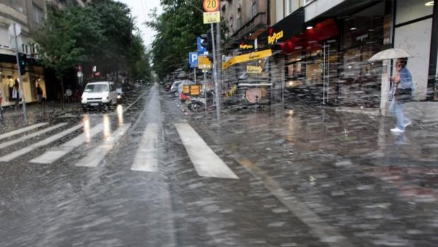 Големо невреме во Белград  (ВИДЕО)