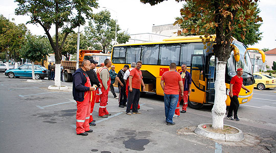 Прилеп испрати конвој со 150 луѓе и помош за поплавените во скопско